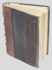 Photo_old_book_2